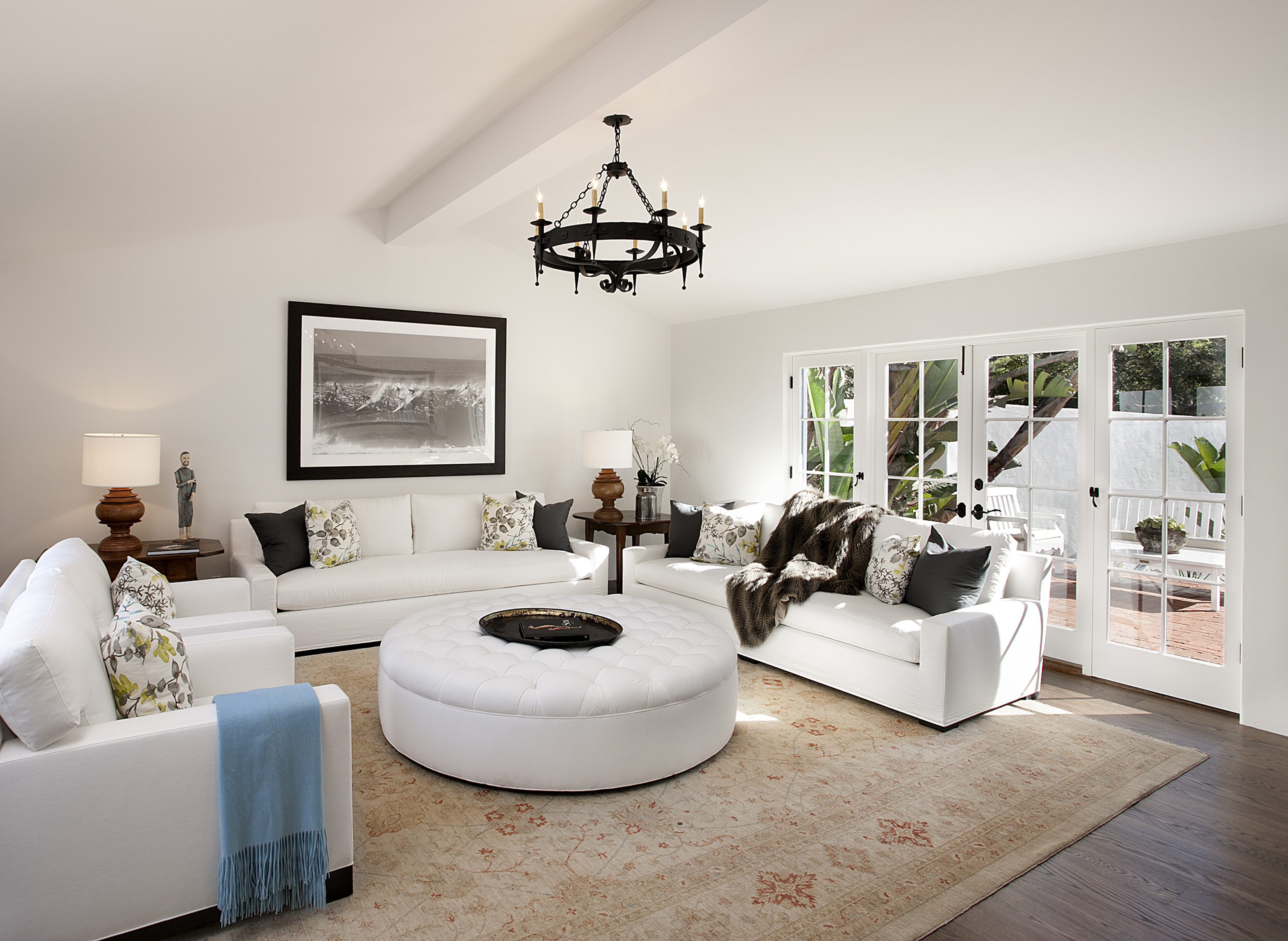Homes montecito real estate for Modern style living room decor