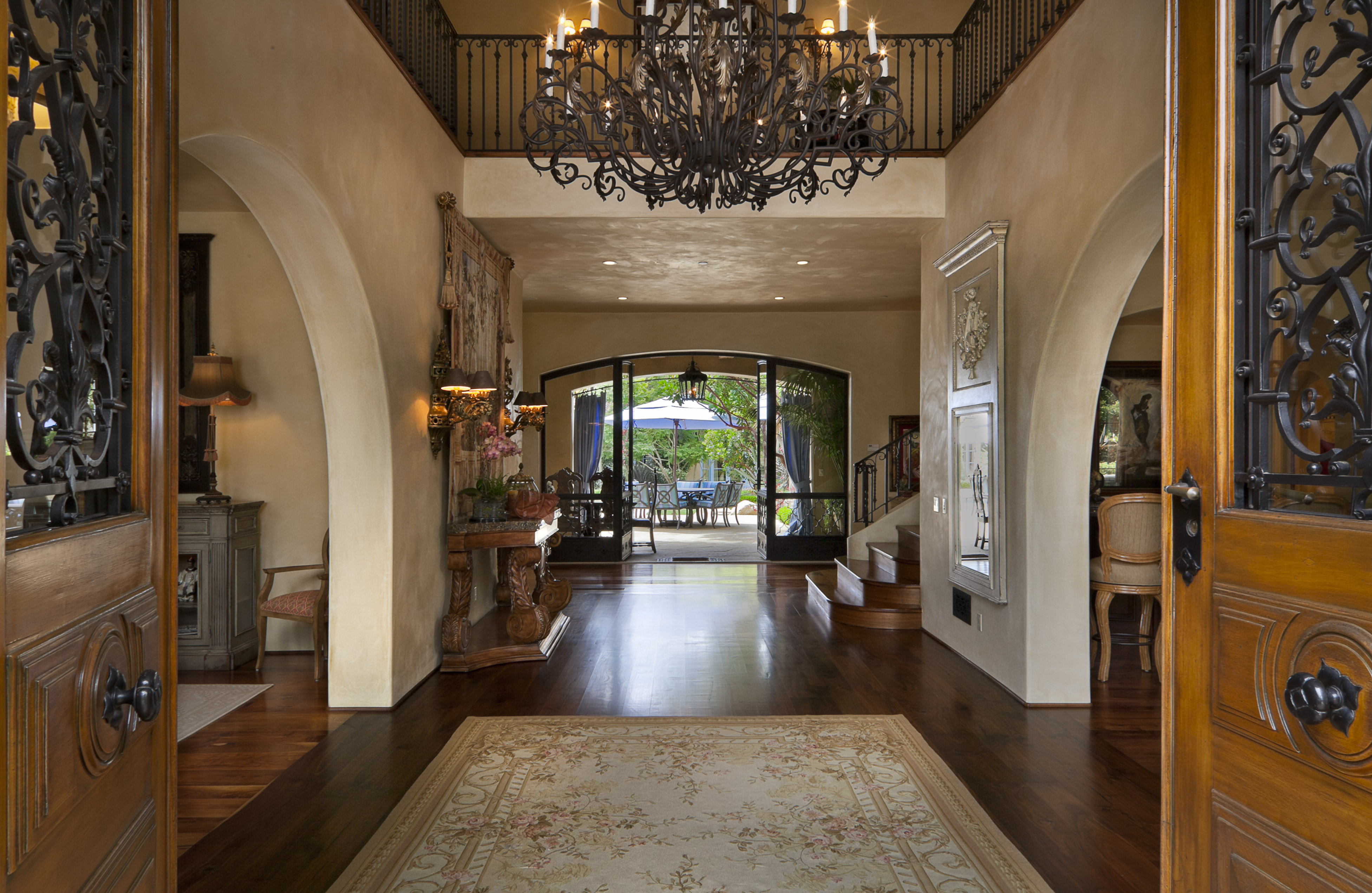 Popular home styles for 2012 montecito real estate for Mediterranean style homes interior